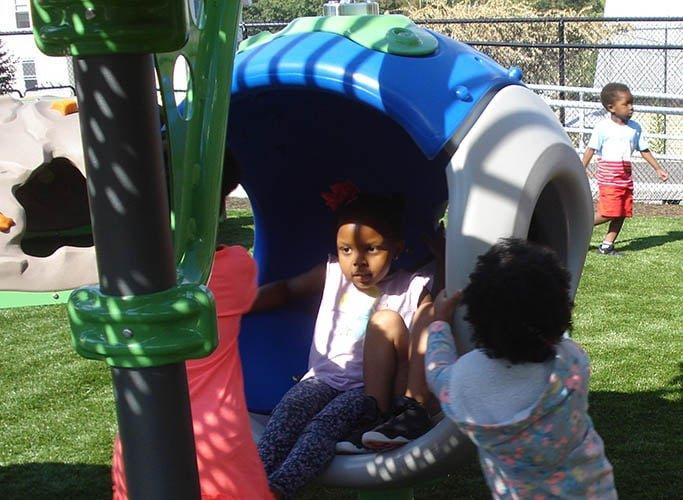 Playground-1g